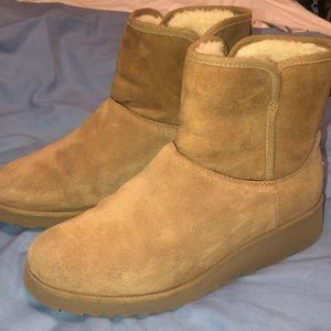 Authentic UGG mini WATERPROOF boots S8
